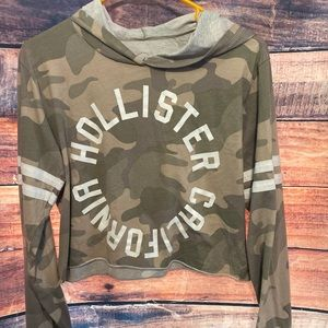 Camo Hollister Crop!